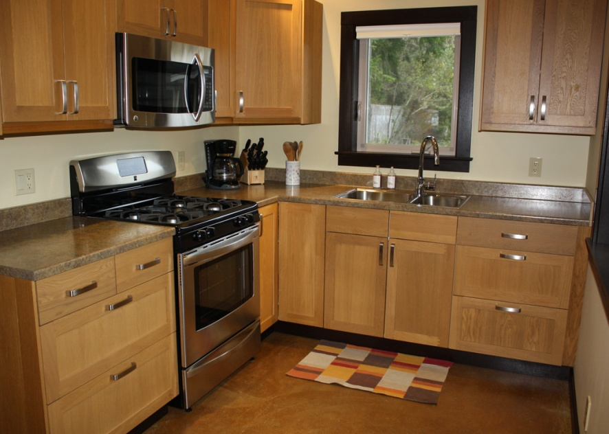 Mendocino Vacation Rental Red Barn Retreat Kitchen View Two